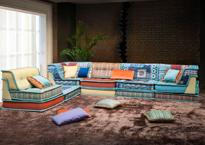 диван в восточном стиле фото